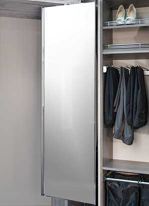 Reach-in closet ideas: pull-out pivoting closet mirror