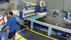 Closets are manufactured using Felder Format Profit H10 CNC routers