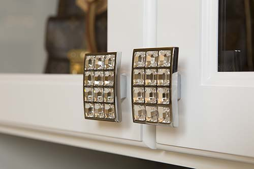 personalize the hardware on your cabinetry