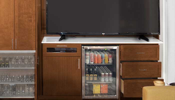 Entertainment unit with beverage center