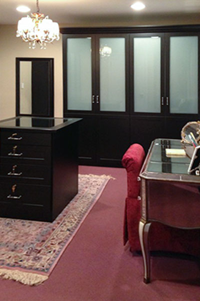 dressing room using chateau hardware