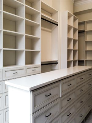 custom closet design for perfect organization