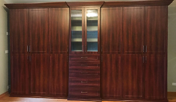 Refined wardrobe closet for custom wardrobes under slanted ceiling