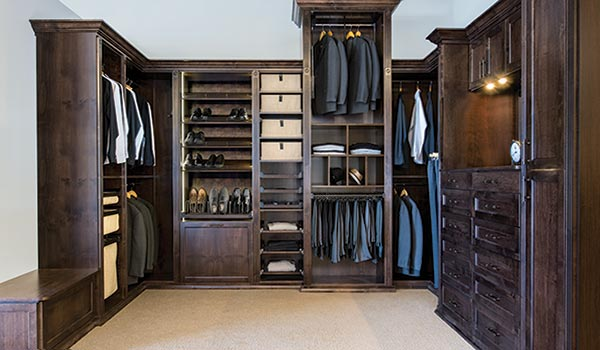 Custom Walk In Closet Design With Solid Wood Doors Draweratching Veneer Structural