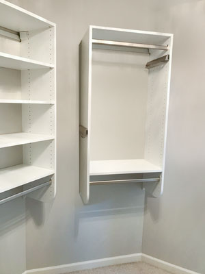 walk in closet utilizes difficult space