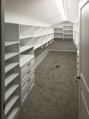 curved ceiling walk in master closet
