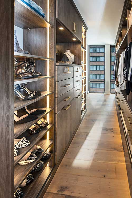 Walk-in closet with lighting