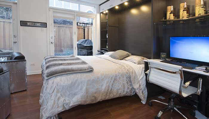 wall bed converts room to guest room