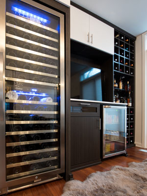 wine storage and refrigeration for high volume of bottles