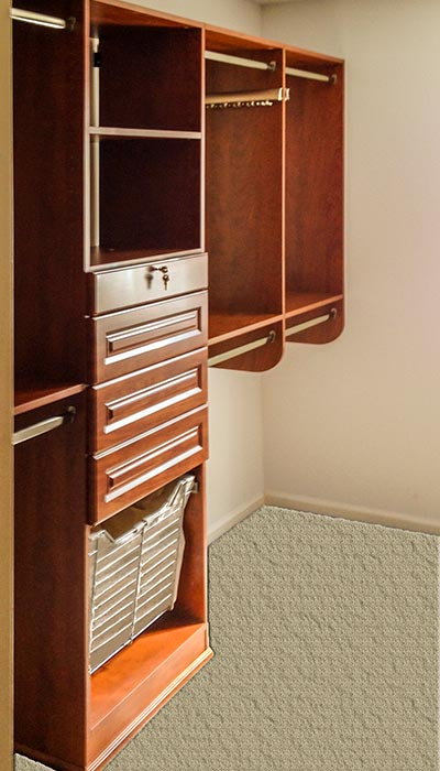 Walk-in closet system in Sienna Apple thermally fused laminate - TFL
