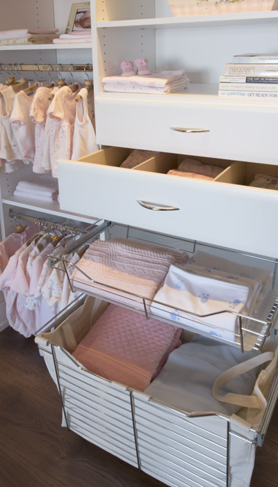 kids closets ideas include drawers and pull-out wire baskets