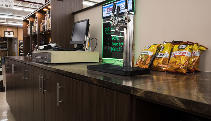 Spacious countertop for snacks and register in a beer and wine store