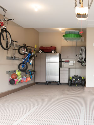 family play room garage