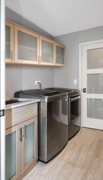 laundry room organization and cabinets