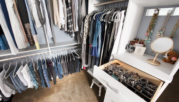 hanging space for closet and jewelry organizer