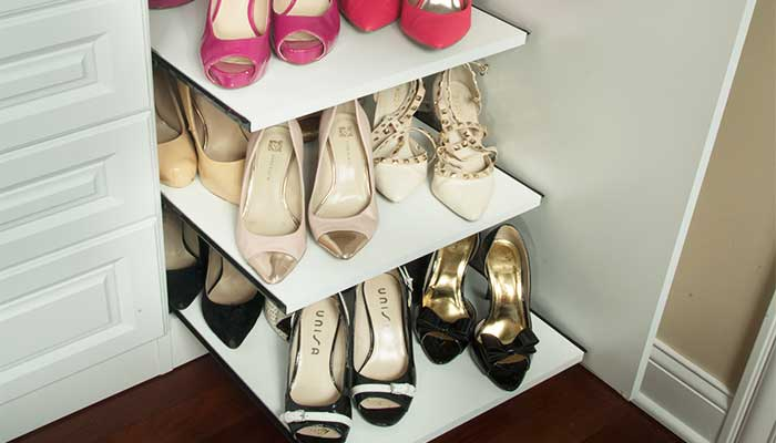 custom pull-out shoe shelf