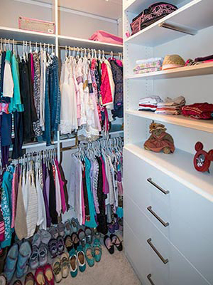 custom closet for young girl
