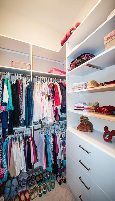 organizing girls room with closet for kids solves organization problem rh closetworks com