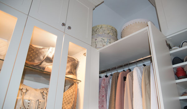 Walk In Closet With LED Lights