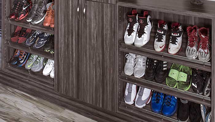 closet system with shoe tower in corner