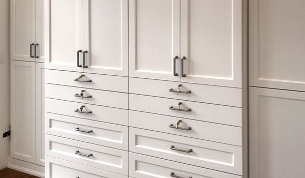bedroom wardrobe with locking drawers