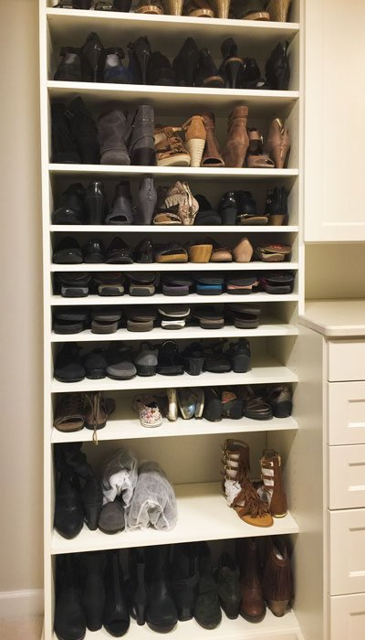 closet shoes storage to organize multiple pairs of footwear on shelves