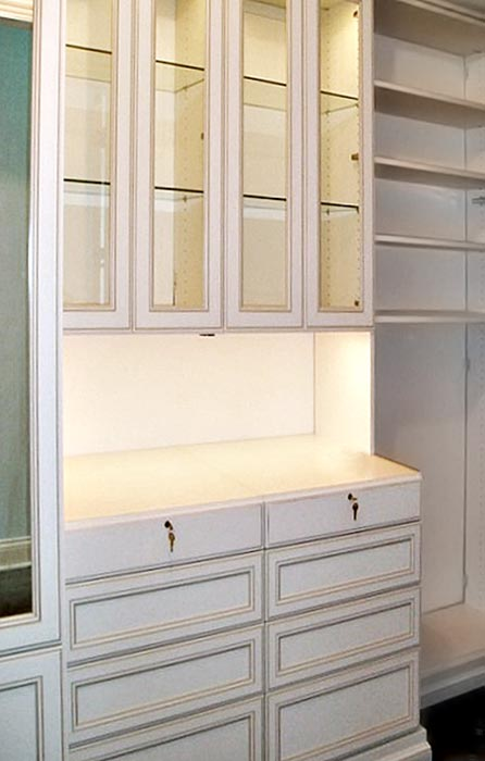 Walk in closet system with lighted hutch