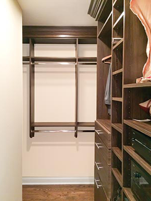 custom closet organization system in Chabli Clay laminate