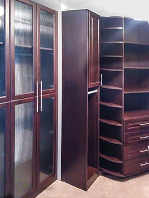 custom closet with 360