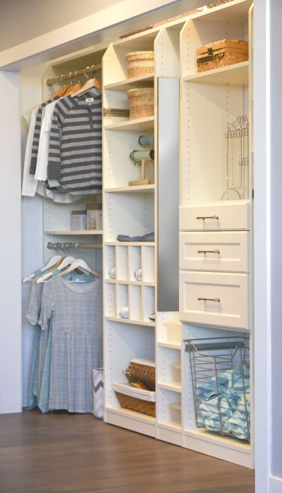 Stop clutter with an organized closet