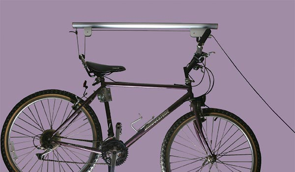 Garage accessory: Bike hoist for overhead storage of bicycles