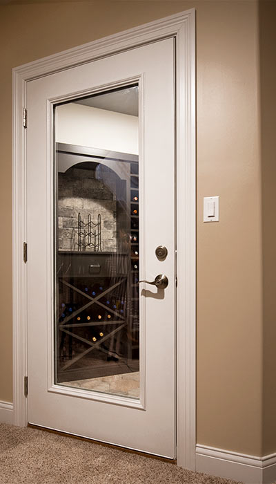 temperature controled wine closets stores 482 bottles of wine