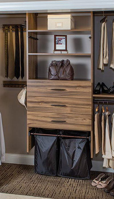 Reach In Closet With Contempo Drawers