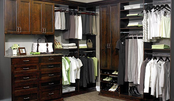 Elegant Closet Designed In Cocoa One Of The Least Expensive Laminate Finishes