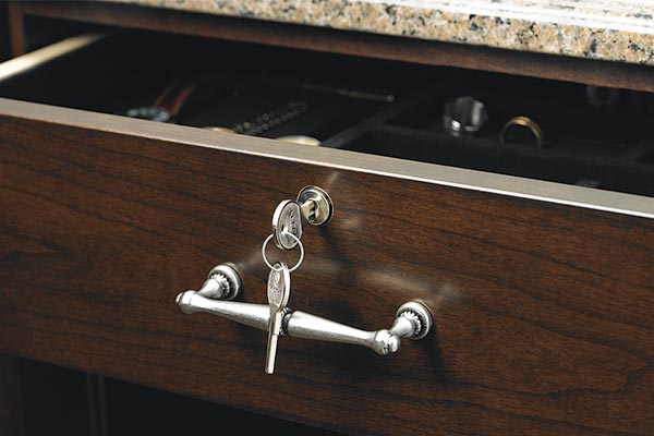 Drawer key lock in custom closet system