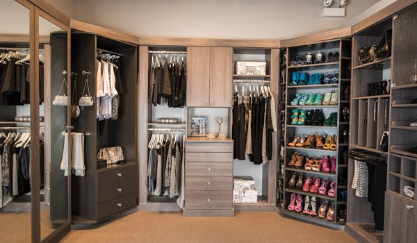 Custom walk in closets and walk in closets ideas - Pictures of walk in closets ...