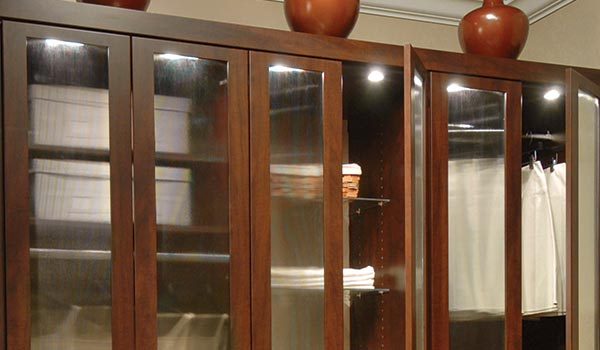 Custom wardrobe closet cabinets design for use of wardrobes